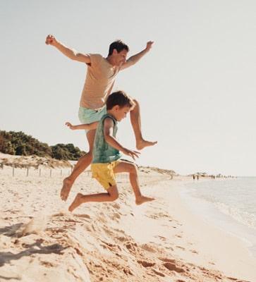 Jeux sur le sable fin